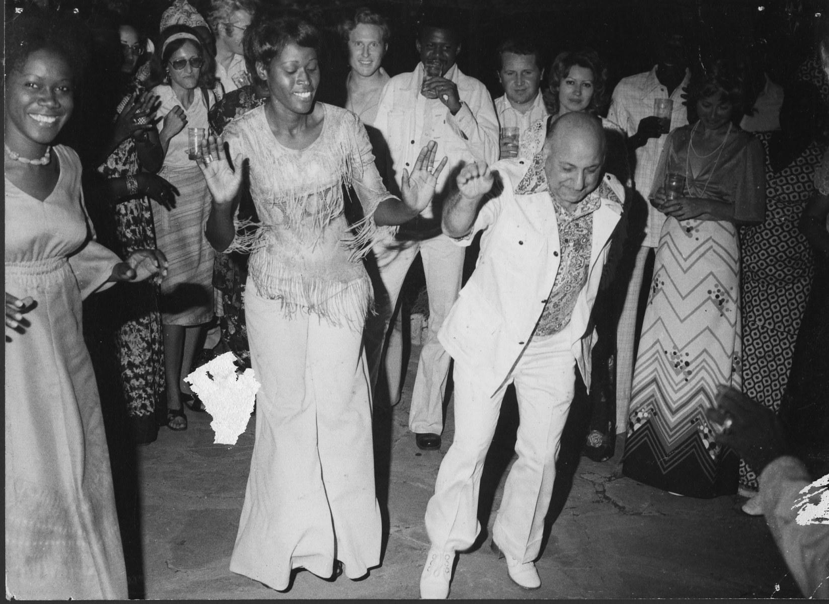 9-Leo-dancing-in-Bamako-Mali-1960s